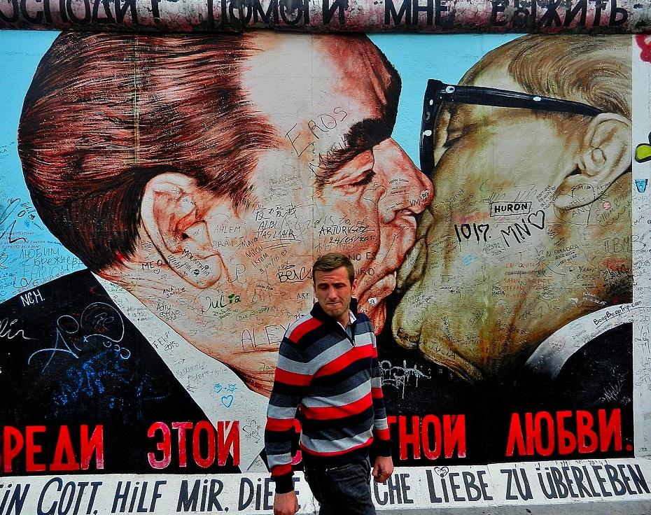 Celebrating Berlin's East SideGallery